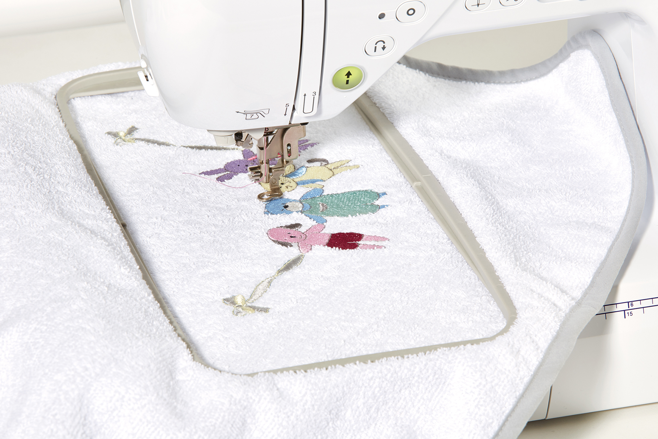 Innov-is F440E Sewing/Embroidery - Brother - Brother Machines